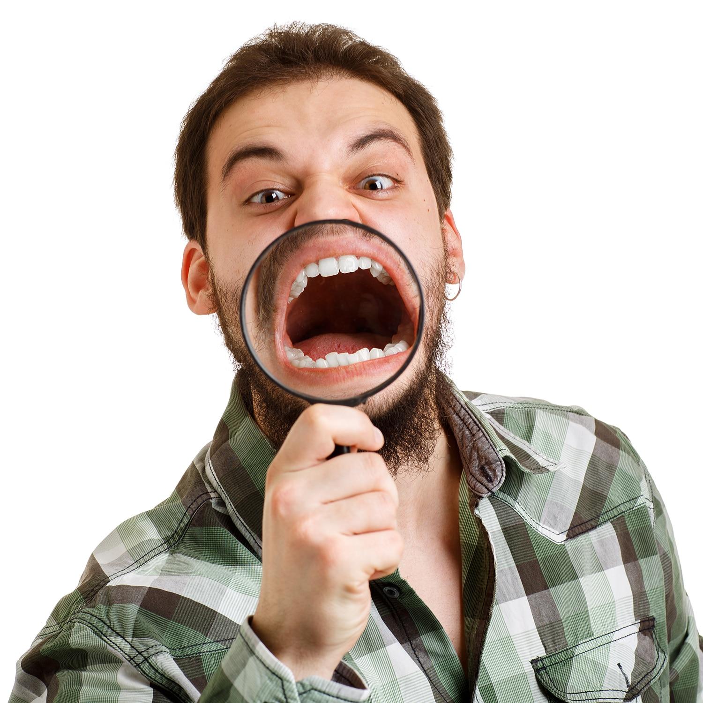 Causas y Tratamiento del Apiñamiento Dental
